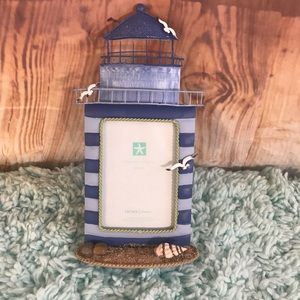 Home Studio Lighthouse Seashell Picture Frame